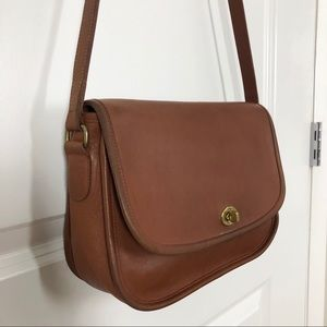 Vintage Coach | City Bag Crossbody K015